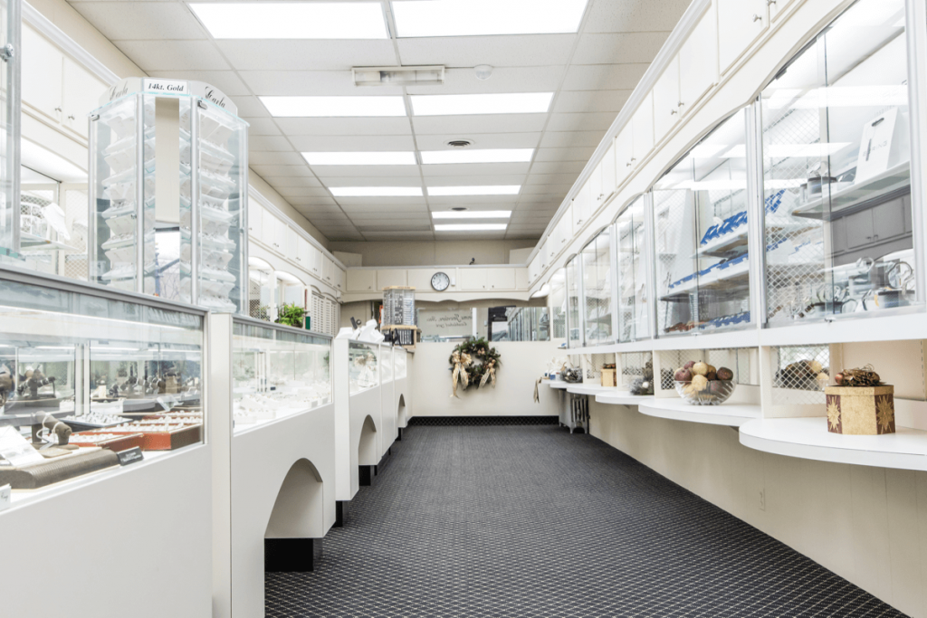 Simms-Jewelers-Inside_01