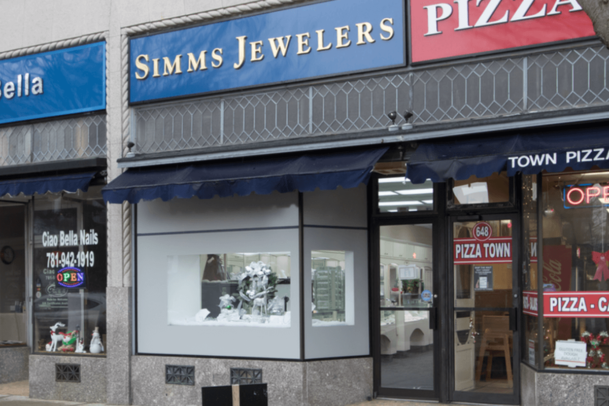 Simms-Jewelers-Outside_01